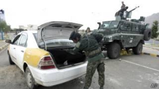 Controles en Saná, Yemen