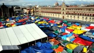 Campamento de maestros de la CNTE en el Zócalo de Ciudad de México