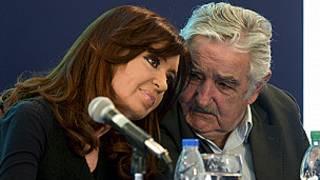 Cristina Fernández y José Mujica.