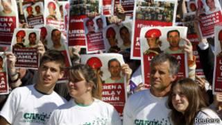 la familia de Camila Speziale se manifestó en Buenos Aires