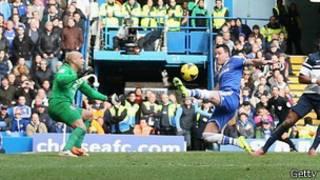 John Terry anota el gol de Chelsea