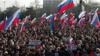 Protesto pró-Rússia na Crimeia, na Ucrânia