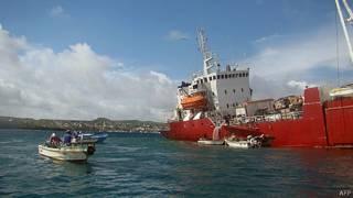 buque encallado