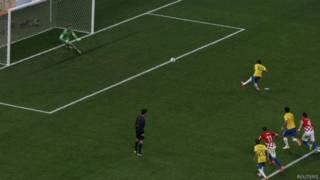 Pênalti Brasil X Croácia (Reuters)
