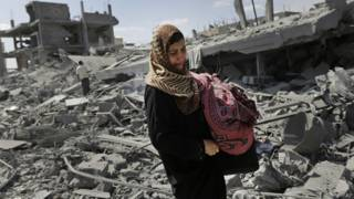 Mujer en Gaza