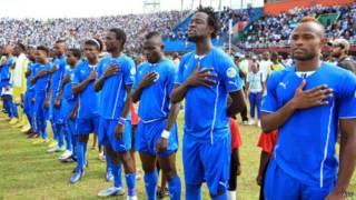 L'Équipe de SIerra de football avant son match de qualification pour le Mondial 2014 contre la Tunisie, le 8 juin 2013 à Freetown.