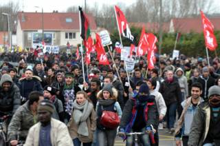 Демонстрация в поддержку иммигрантов в Кале