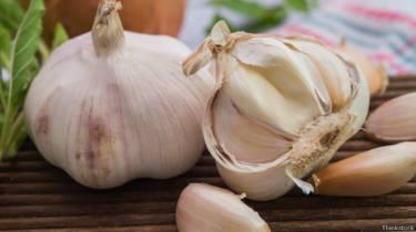 150331112030 garlic thinkstock 624x351 thinkstock - Remedio para las superbacterias en un libro del siglo X