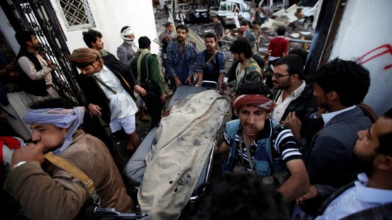 161008185745__people_carry_the_body_of_man_killed_in_what_witnesses_said_was_an_airstrike_by_saudi-led_coalition_aircraft_640x360_reuters_nocredit.jpg