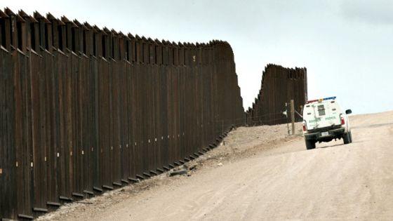 Resultado de imagen de fotos de la muralla de mexico-usa