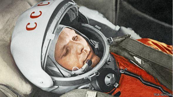 Юрий Гагарин на борту корабля