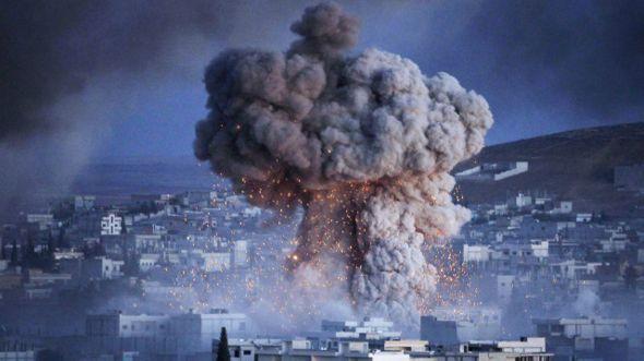 هجمات لمسلحي تنظيم الدولة الإسلامية من ثلاث محاور على عين العرب