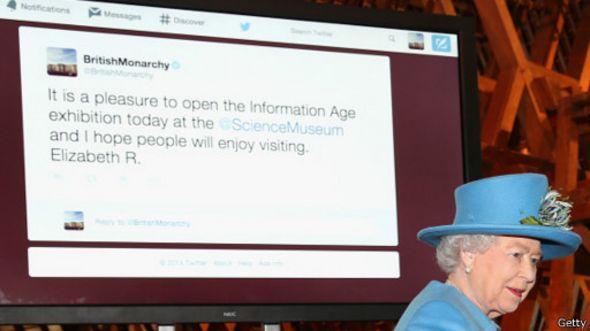 Ratu Elizabeth Mengirim Tweet Perdana