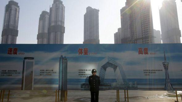 Construção em Wuhan, na China | Foto: Reuters