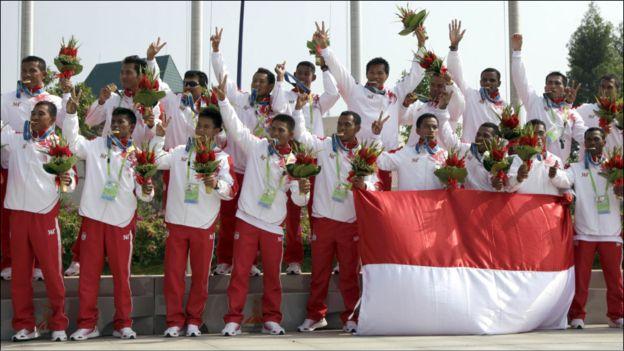 印尼隊拿下廣州亞運龍舟項目男子組的所有金牌。