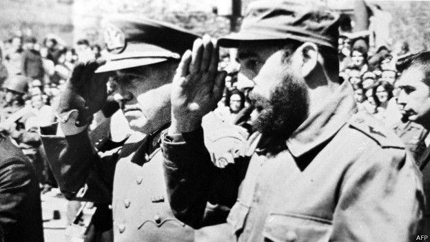Ausuto Pinochet y Fidel Castro