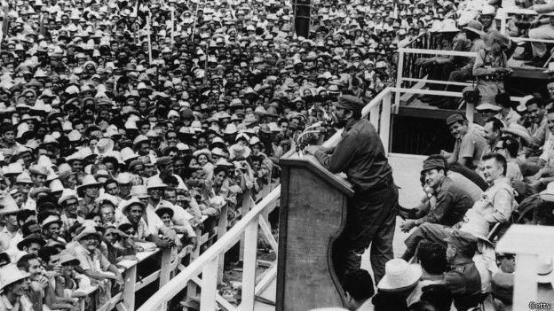 Fidel Castro en una manifestación de 1965