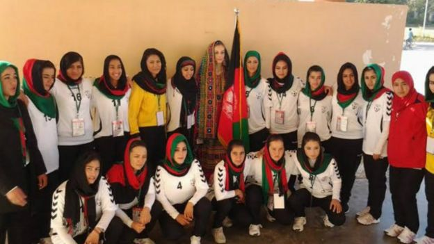 afghan_football_hijab