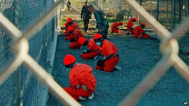 Prisioneros del campo de detención de Guantánamo