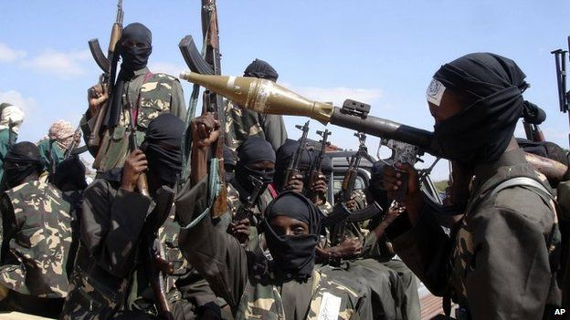 Combatentes do Al-Shabab na Somália em 2008 | Foto: AP
