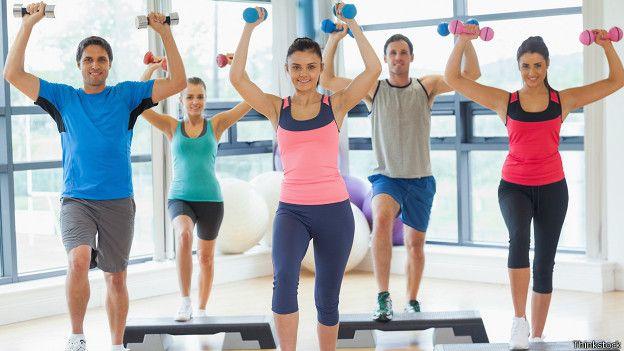 Ropa deportiva para hombre y mujer for Deportivas para gimnasio