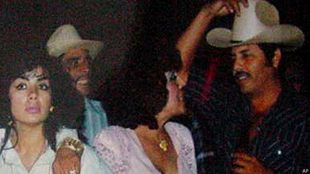 Ismael Zambada Garc  237 a  El Mayo  en una fiestaIsmael Zambada Garcia