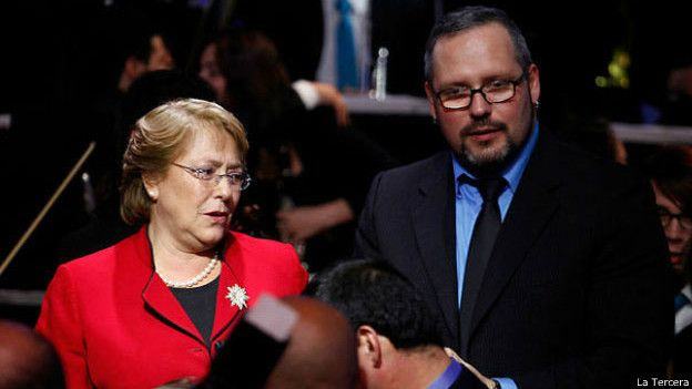 Presidenta chilena. Michelle Bachelet, junto a su hijo Sebastián Dávalos.