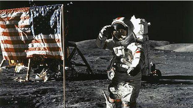 Джин Сернан на Луне