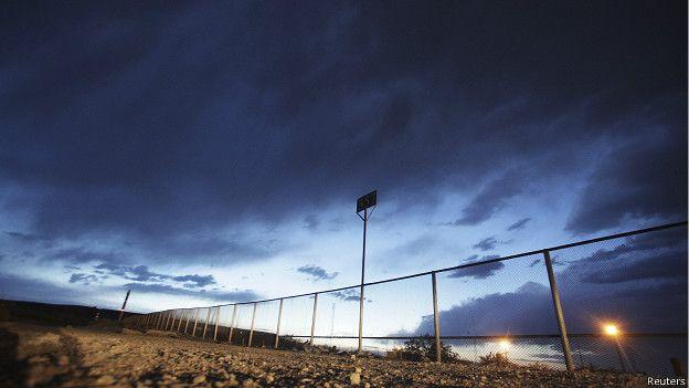 Barrera fronteriza entre México y Estados Unidos