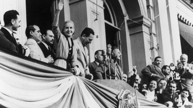 Eva Perón fue operada de cáncer sin que ella ni nadie lo supiera. El régimen de su marido no quería verse desestabilizado por su enfermedad.