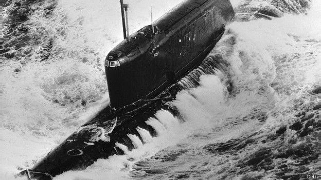 Советская подлодка К-19, сфотографированная в 1972 году у берегов Ирландии
