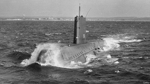 Первая атомная подводная лодка - американский