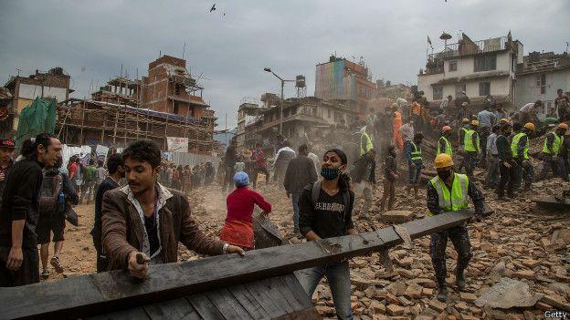 Nepal lanza con urgencia una campaña de vacunación infantil tras el terremoto