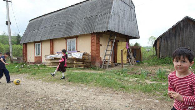 Татарская семья купила этот дом у местного депутата