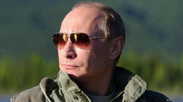 Путин в темных очках