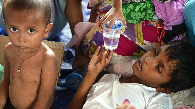 Niños rescatados en el campamento de Langsa en Indonesia