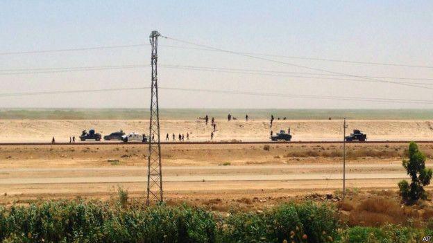 Отступление иракских войск из Рамади