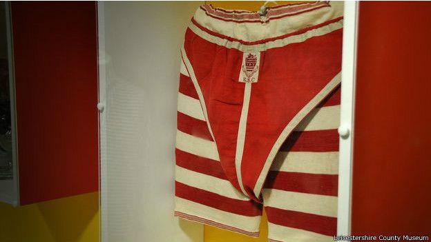 Lenceria De Baño Moderno: de principios del siglo XX llevaban una prenda de ropa interior por