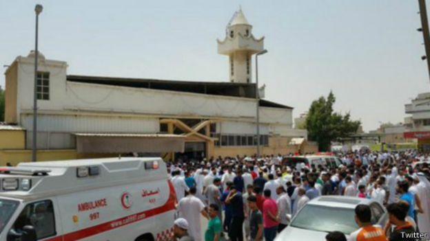 شهداء وجرحى تفجير انتحاري بمسجد للشيعة في القديح شرقي السعودية