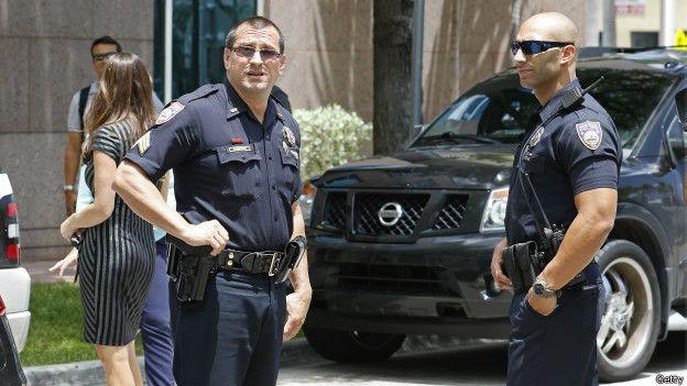 Policías de Miami Beach
