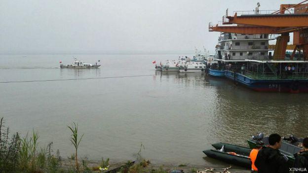 У Китаї затонув корабель із 450 людьми на борту