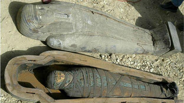 Las momias egipcias son un ejemplo paradigmático del embalsamiento artificial ideado por el hombre antiguo.