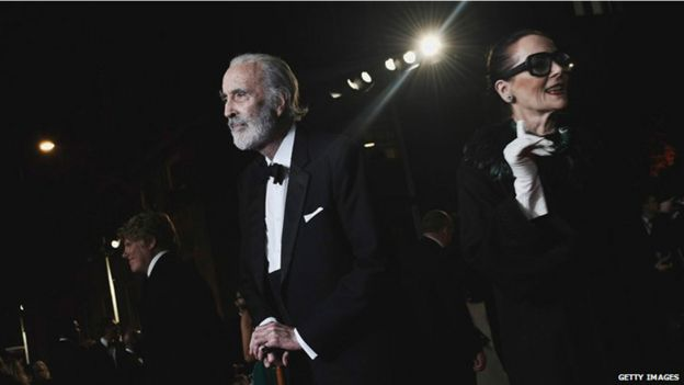 """Aún activo  a sus 90 aós, grabó varios álbumes de heavy metal y, en 2012, asistió al estreno de la película de James Bond Skyfall, junto con su esposa, Brigit. Dijo que el secreto para tener un matrimonio de 50 años era simple. """"Cásate con alguien maravilloso."""""""