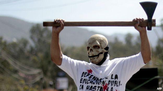 Protesta por la reforma educativa en México