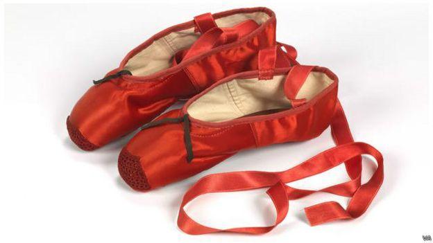 Sepatu dalam film The Red Shoes 1948
