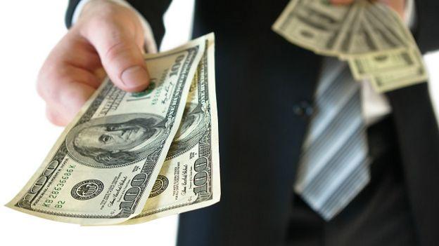 Hay distintas razones por las cuales se abren cuentas o empresas offshore, según los expertos..