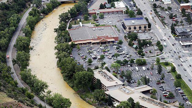 EE.UU.: el derrame tóxico que tornó amarillo mostaza al río Colorado 150810202239_sp_colorado_624x351_ap