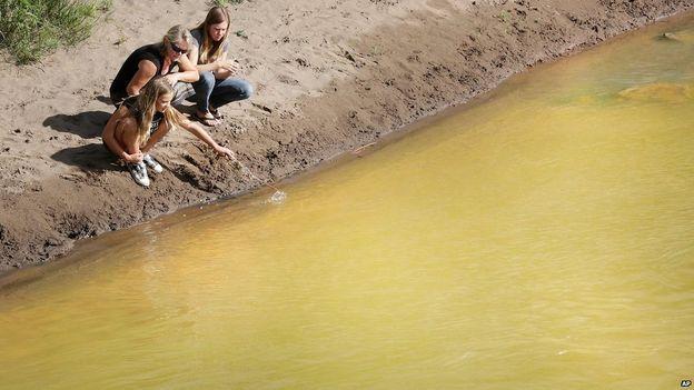EE.UU.: el derrame tóxico que tornó amarillo mostaza al río Colorado 150810203909_sp_colorado_ap4