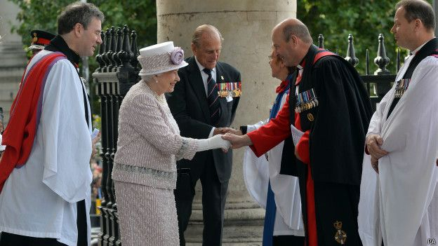 Королева Елизавета II c cупругом