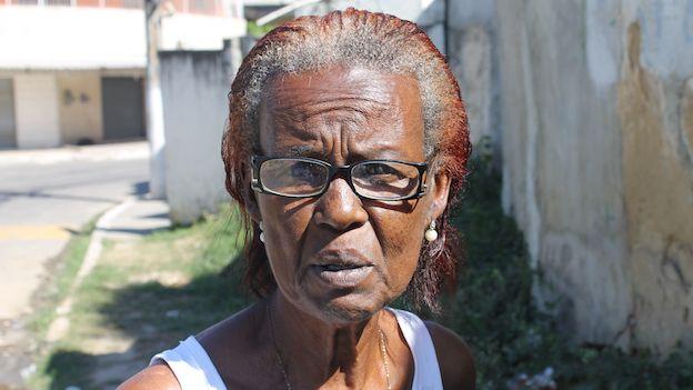 Sonia Maria dos Santos, una fiel del candomblé en Río de Janeiro, Brasil.